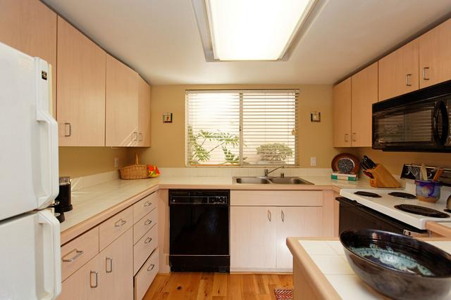 1270-cleveland-kitchen
