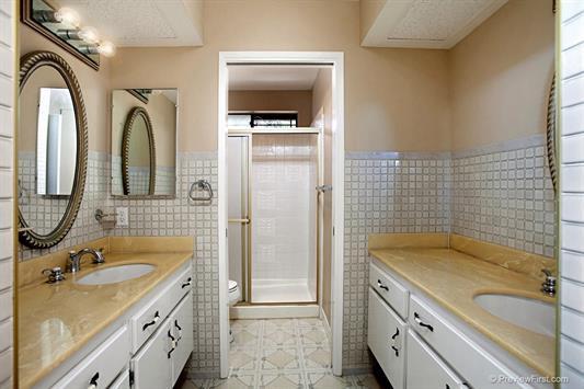 2967-butler-bathroom