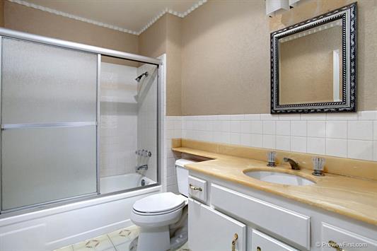 2967-butler-bathroom2